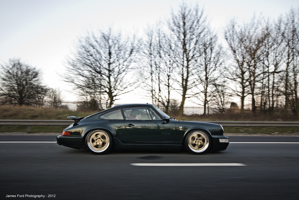 Gold Or Anthracite Wheels On A Dark Green 993 Nb