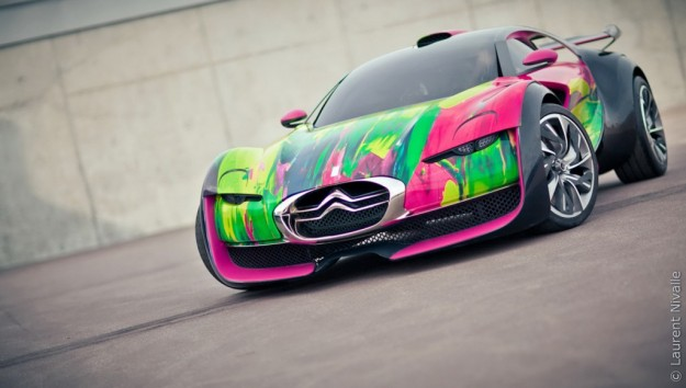 Citroen-Survolt-Art-Car-1-1024x581