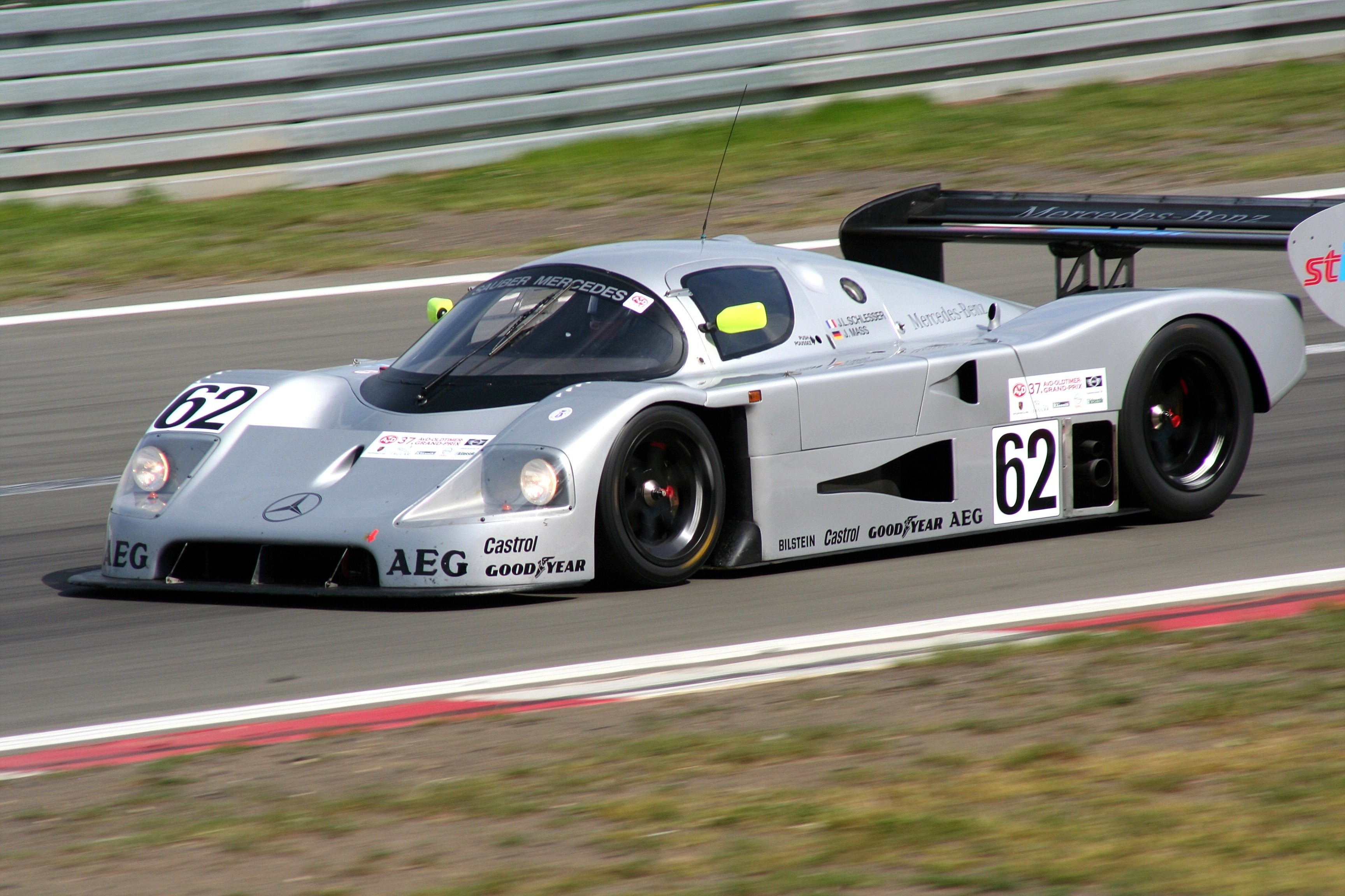 Sauber-Mercedes_C9_Bj._1988_2009-08-07_Sp